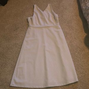 Banana republic 14 Razorback striped dress